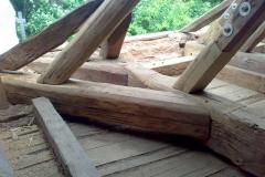 Foto 6/29: Opravená část krovu