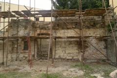 Foto 5/12: J část zdi během oprav, 5/2014