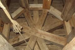 Foto 14/29: Nosný kříž věže po opravě, 19.9. 2012