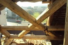 Foto 18/28: Oprava části krovu presbytáře - během oprav, 11 2012