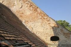 Foto 25/28: Průběh oprav krovu presbytáře, 9/2014