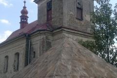 Foto 8/22: Střecha márnice během oprav, 7/2013