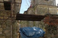 Foto 4/22: Z stěna márnice a navazující ohradní zeď - během oprav, 10 2012