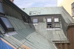 Foto 4/20: Zadní část střechy před opravou, 25.7. 2012