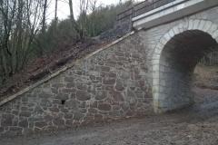 Foto 13/13: Zdivo mostu SO2 na trati Liberec - Turnov po opravě a opískování