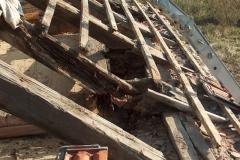 Foto 10/16: Krov degradovaný zatékáním, přístavek VII