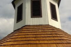 Foto 16/16: Dokončená část střechy a lucerny, 5/2016