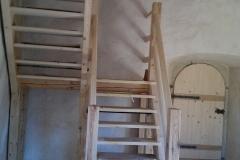 Foto 12/19: Schody do věžního podkroví 2011