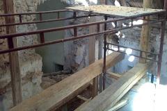 Foto 3/19: Tesařské úpravy pro schodiště do věže